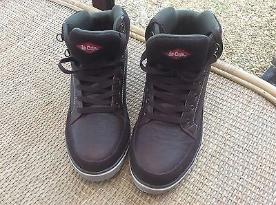 Brand new unisex Lee Cooper safety boot U.K. Size 8 Brown