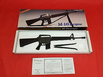 Kingsway M-16 Assault Rifle Gas Lighter  1:2.9 Scale New in Box