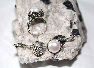 Pearls in .925 Sterling Silver Ring and earrings