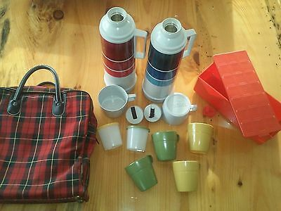 Vintage Thermos Plaid Picnic Set - 2 Bottles 4 cups 2 containers 1 box + bag