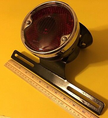 1947 - 1954 55 56 57 58 59 Chevrolet GMC Suburban Carryall Guide R-13 Light Lamp