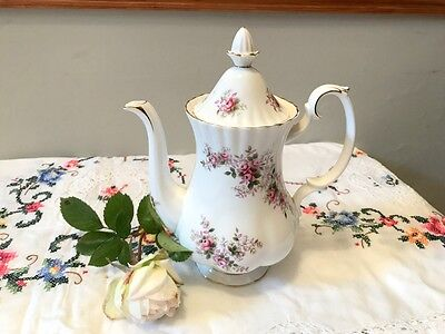 Royal Albert 'Lavender Rose' small coffee pot [never used] 1st quality