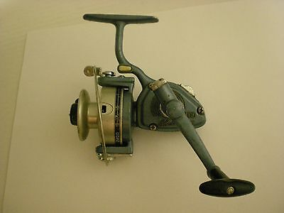 Used Vintage Shakespeare 2400 Spinning Reel Made In Japan