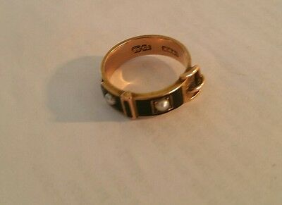 Antique 15Ct Gold And Enamel Mourning Ring