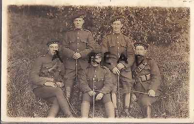 WW1 soldier group Scottish Horse Yeomanry resting on grassy bank