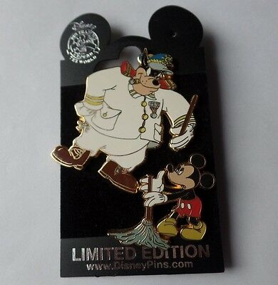 Disney (DCL) Pin  A Villainous Voyage 2004 Mickey Mouse & Pete 2 Pins LE 500