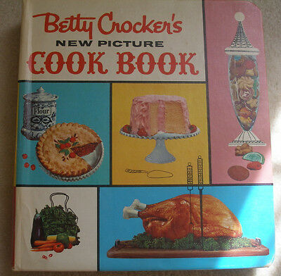 Vintage/collectible cookbook: Betty Crocker's New Picture Cook Book, 1st Edition