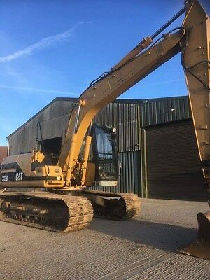 CAT 312b excavator digger, 13 ton, good tracks. 2001,ready for work.