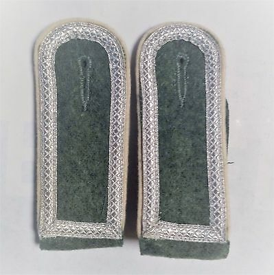 German Army Infantry Shoulder Boards NCO pair Closed tress