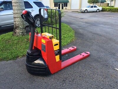 2008  Raymond Electric Pallet 102T-F45L Jack W/ 24V Onboard Charger Low Hours