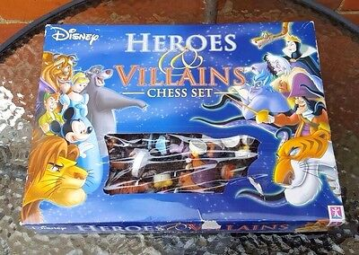 Disney Heroes And Villains Chess Set - Complete With Board - One Defect