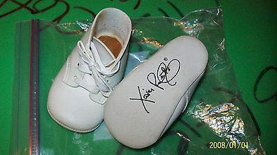 CABBAGE PATCH SOFT SCULPTURE BABY shoes cabbage black signed xavier roberts