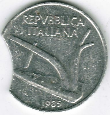 Italy Mint Error Coin 10 Lire 1985 Clipped Planchet