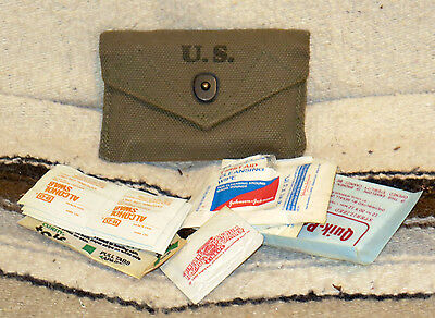 US Army WW2 Medical First Aid Dressing Pouch With Contents Dated 1945 -Looks New