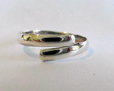 Sterling Silver (925) Adjustable  Equinox  Toe Ring  !!     Brand New !!