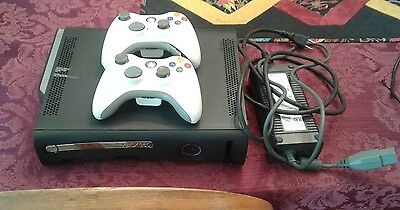 xbox 360 120gb with 2 controllers