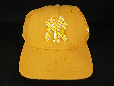 Vintage NEW ERA NEW YORK YANKEES Fitted Hat 7.5 Low Profile Cap NY 1/2 USA MADE
