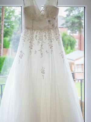 Alfred Angelo Wedding Dress Size 14- cost new £1000