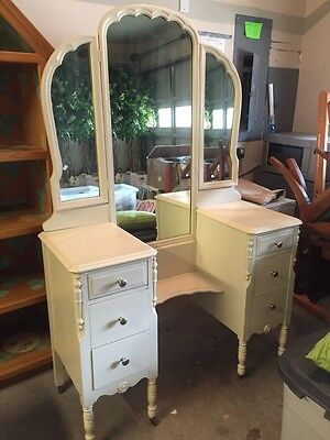 Antique Wooden Vanity/Dressing Table With Mirror