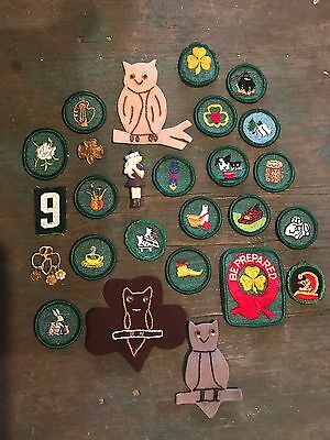Large Lot Of Girl Scout Patches, Pins, Badges And More. All For One Money.