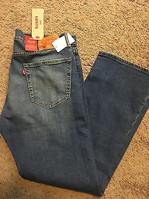 NWT Levis 505 Mens Jeans Regular Fit With Stretch Straight Leg 38X32 MSRP $60