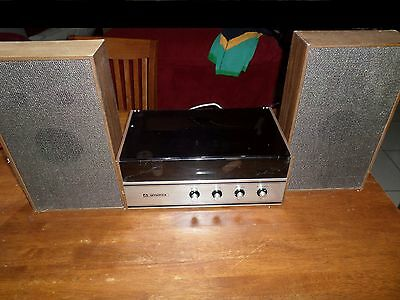 Vintage Amerex  Record Player Japan PL 17s with speaker , need attention