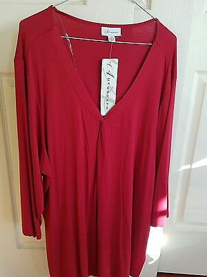AUTOGRAPH womens ruby red Twist front top. Size 24