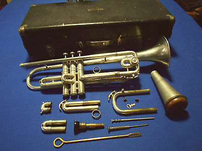VTG Antique 1924 CG CONN Trumpet w/ Case & Extras Visible Embouchre Mouth Piece