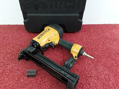 Bostitch CF15-1-E Pneumatic Air Corrugated Fastener Tool With Case