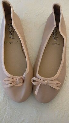 Brand New Ballet Pump Shoes. Size 5.