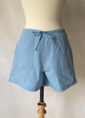 Vintage 1980s High Waisted Debenhams Mid length Shorts Size 10 Waist 30