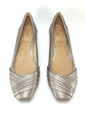 CLARKS Artisan Women's Leather Ballet Flats Shoes in size 10 M