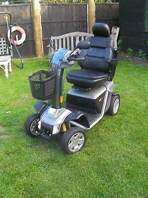 Pride Colt Executive mobility scooter - nearly new, only done 101 miles