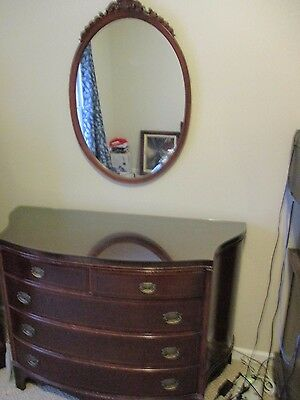 Honduras Mahogany dresser, heavy glass top cut to fit, includes mirror