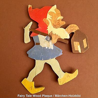🍄130: Vintage German Axe Dwarf / Gnome Wood Plaque ~1930 ♛ Hand-Painted