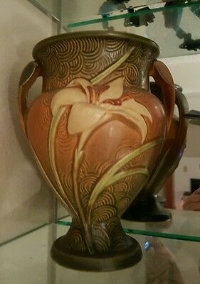 Roseville Pottery Zephyr Lilly 202-8