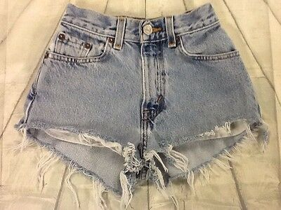 "Levi's High Waist Shorts ""Mom Jeans"" Med/light Wash Size 2 5 8 10 12 14 16 18"