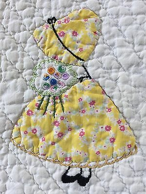 Beautiful Antique Vintage Sunbonnet Sue Quilt With Applique Embroidery Stunning
