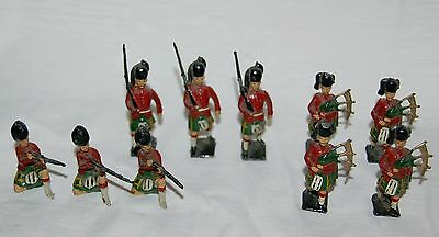 10 Old antique lead soldiers - Sottish Scotsman Bagpipes etc
