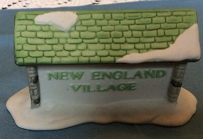 Department 56 New England Village Sign