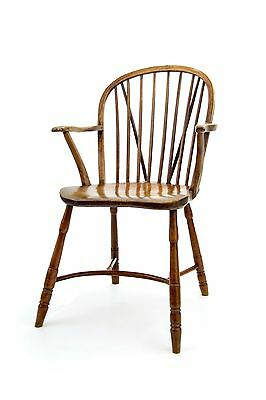 Late 18th c single bow Windsor chair with crinoline stretcher