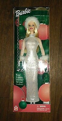 Christmas Holiday Excitement Blonde 2001 Barbie Doll