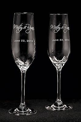 Personalized Wedding Toasting Glasses, Champagne Flutes, Style 2