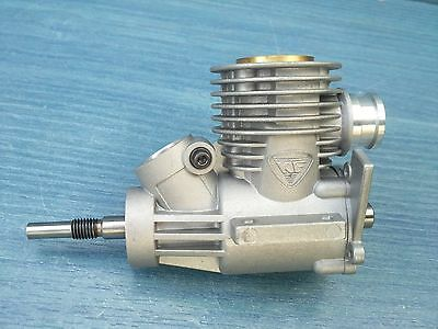 Nitro 1/8 Rc  Buggy Kyosho Inferno Ke21R Engine Crankcase + Piston And Liner New