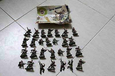 Airfix - 1973 British Commando - 32nd Scale - includes 28 soldiers + box