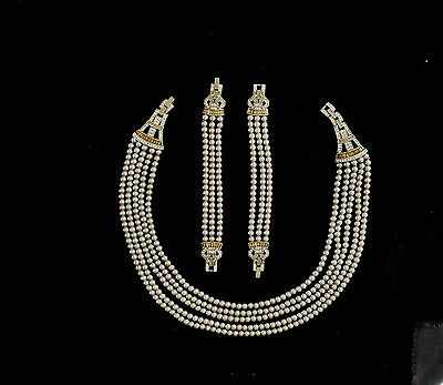 Heidi Daus 5 Strand Pearl Necklace With 2 Matching 3 Strand Bracelets