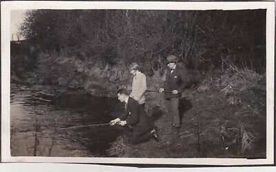Old Photo Fashion Woman Men Suit River Fishing Rod Trilby 1920S Nb2