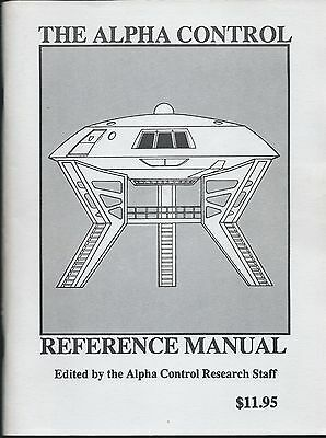 Lost In Space Alpha Control Reference Manual Softcover Book 1ST PRINTING 1986