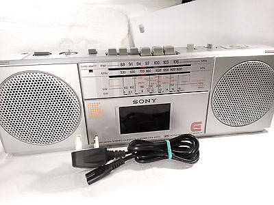 Sony CFS-2000L SW FM Radio Stereo Cassette Tape Player Recorder Boombox Portable