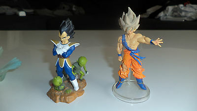lot 4 figurines DRAGON BALL Z DBZ goku vegeta CAPTAIN TSUBASA olive et tom